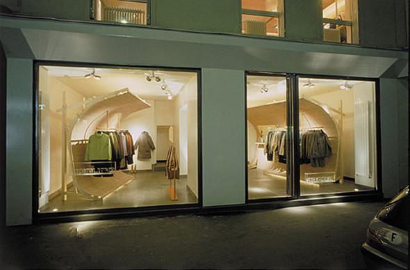 可移動的服裝展示墻,服裝店裝修設計