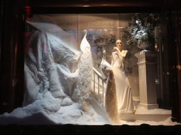 圣诞橱窗设计,多一些色彩装饰